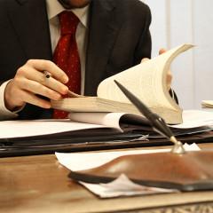 (Prawie) rok później – nowelizacja ustaw o KRS i KRK dot. weryfikacji osób objętych zakazem z art. 18 § 2 k.s.h.